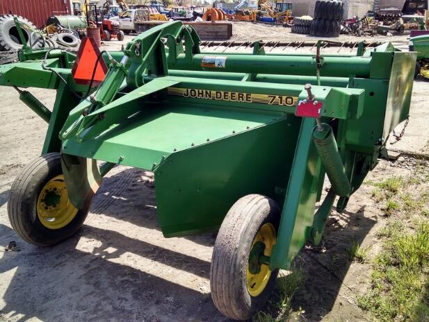 John Deere 710, 720 Mower-Conditioners Service Technical