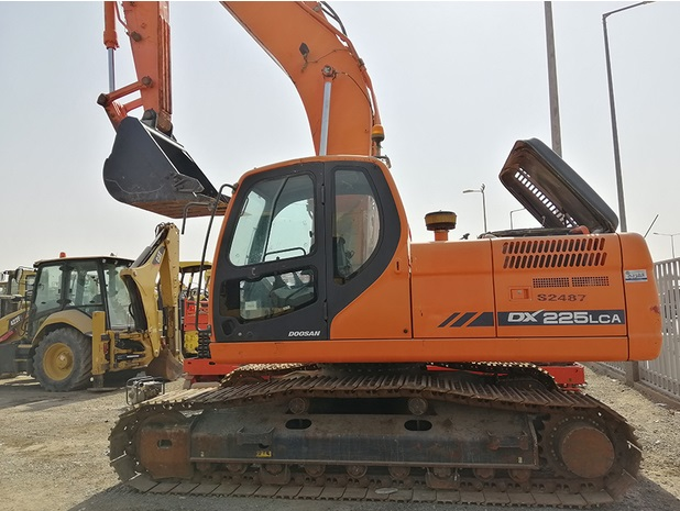 Doosan Dx225lca Track Excavator Service Repair Manual